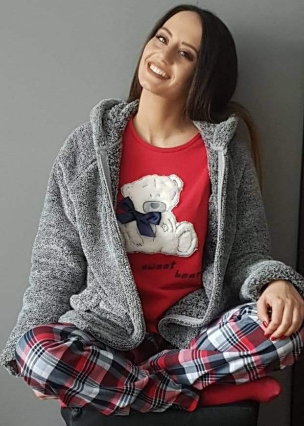 Дамска памучна пижама интерлог с пухкаво мече в червено Furore Сънчо