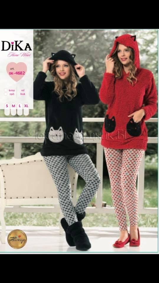 Дамска зимна мека пижама с клин и качулка с учи от полар Dika DK 4682 в червено