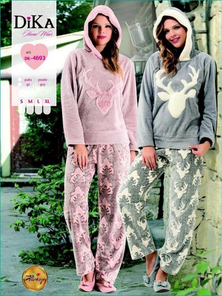 Дамска зимна пухкава пижама от полар с качулка Dika DK 4693 с еленчета в розово