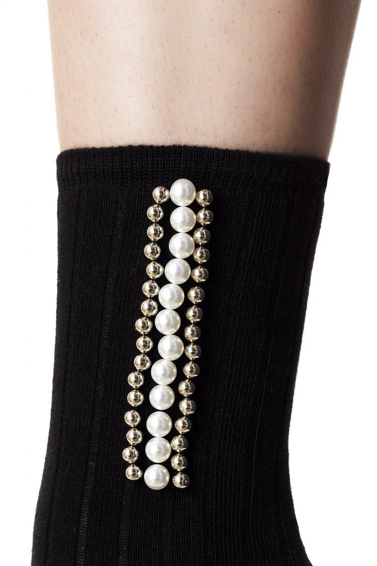 Дамски елегантни оребрени къси чорапи с перли Pompea Julia в черно