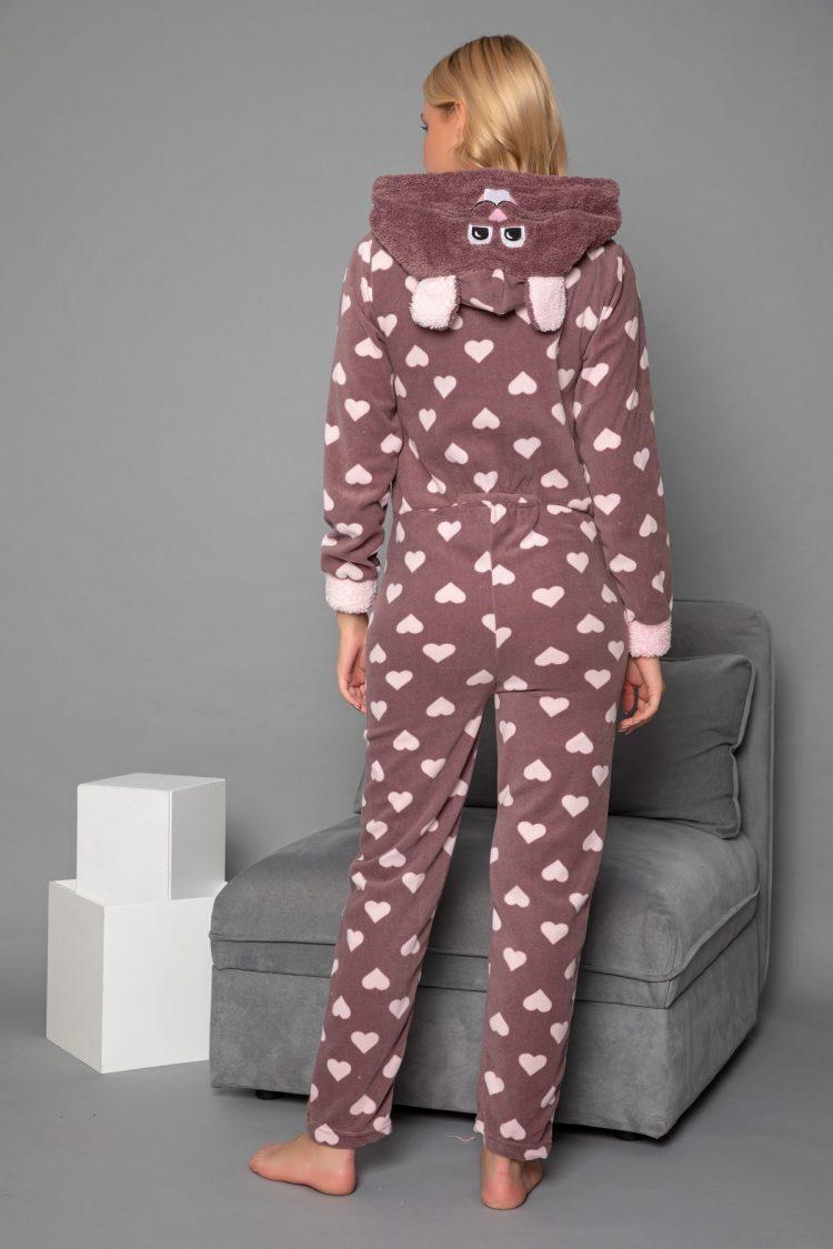 Дамска топла пижама гащеризон на сърца 6334