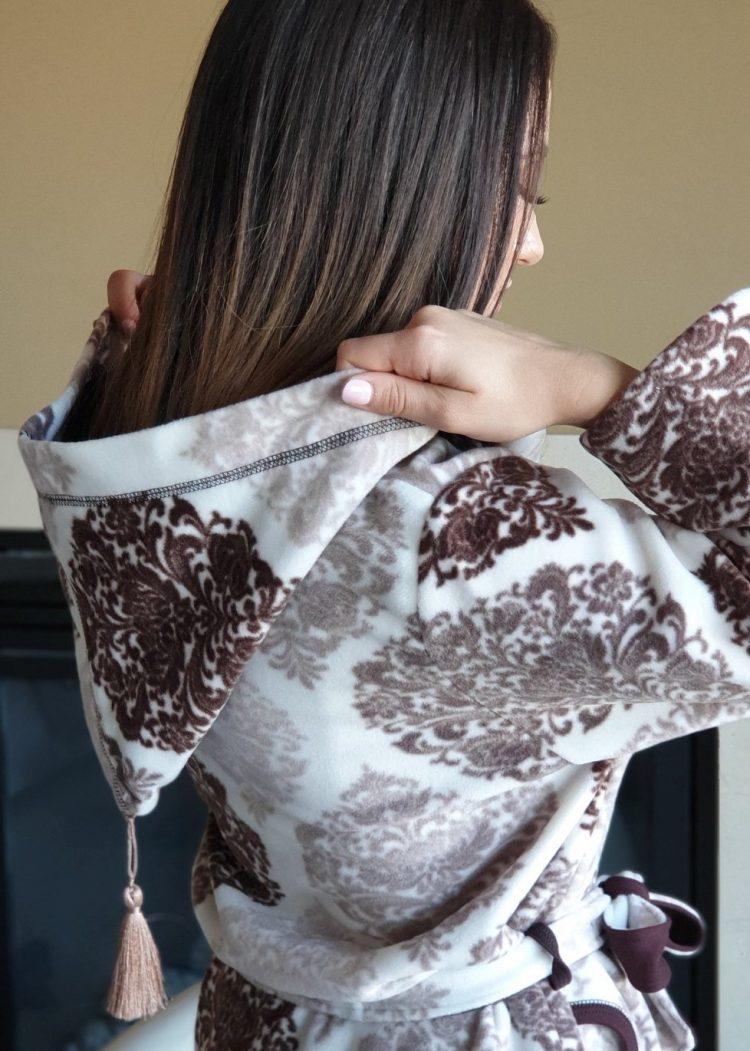 Дамски зимен халат от полар с качулка Furore 492