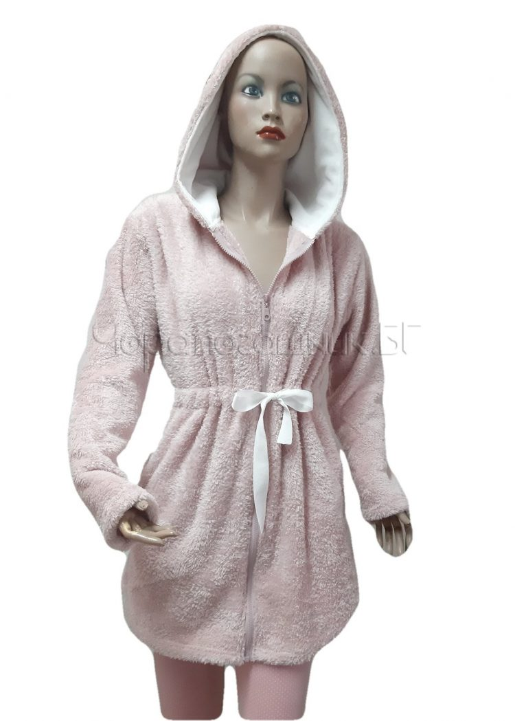 Дамски зимен пухкав халат от велсофт с качулка и цип Desislava 4007 в розово