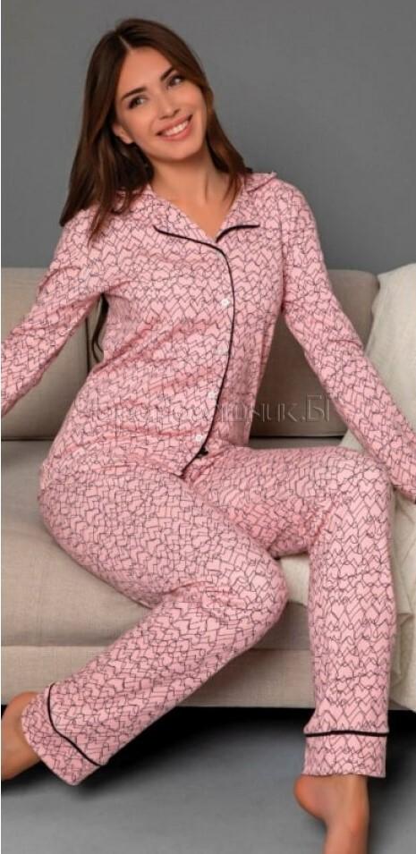 Дамска елегантна пижама с копчета в розово на сърчица 6992
