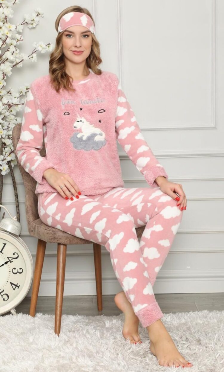 Дамска зимна дебела пижама от пухкава материя с еднорог в розово 2021