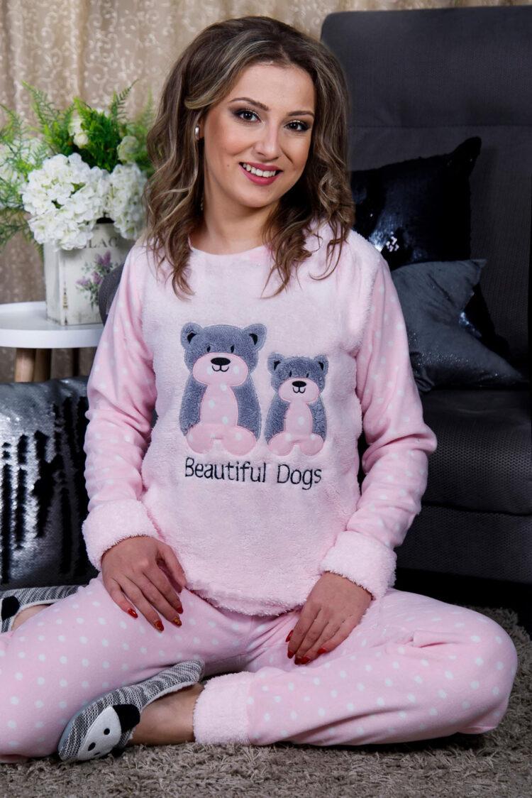 Дамска пижама от пухкава материя и полар с мечета в розово 2021